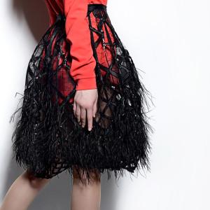 юбка с перьями
